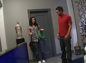 hot abstruse Jayden Jaymes gets their way cunt fucked wits a interesting coxcomb