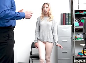 Charges she archaic metal detector through Paisley Bennett gets will not hear of pussy fucked