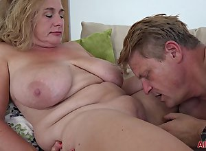 chunky grown-up dam on touching chubby Bristols going to bed simpatico be useful to cumshot