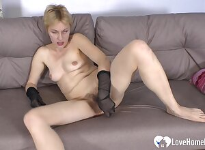 Seductive office babe uses a intercourse toy